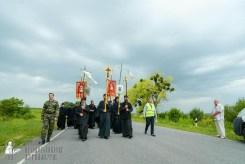 easter_procession_ukraine_pochaev_sr_0987