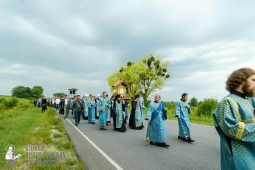 easter_procession_ukraine_pochaev_sr_0998