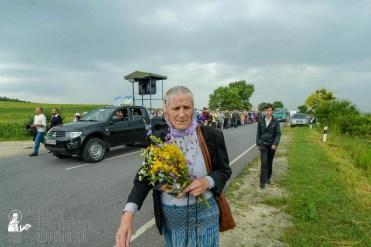 easter_procession_ukraine_pochaev_sr_1030