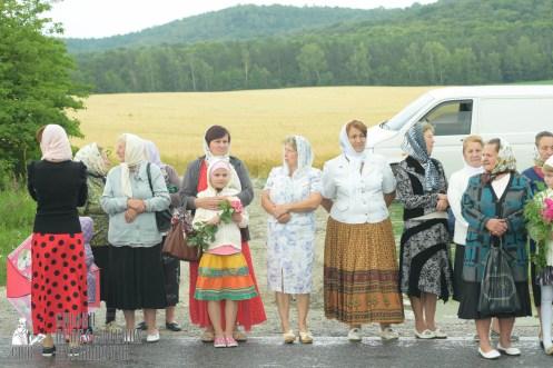 easter_procession_ukraine_pochaev_sr_1056