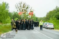 easter_procession_ukraine_pochaev_sr_1068