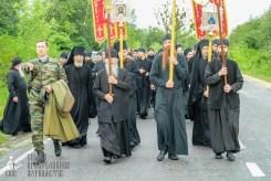 easter_procession_ukraine_pochaev_sr_1073