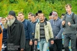 easter_procession_ukraine_pochaev_sr_1080