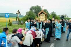 easter_procession_ukraine_pochaev_sr_1098