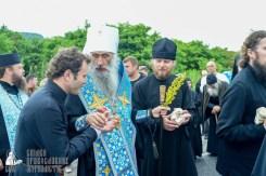 easter_procession_ukraine_pochaev_sr_1131