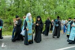 easter_procession_ukraine_pochaev_sr_1137