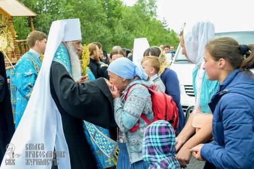 easter_procession_ukraine_pochaev_sr_1143