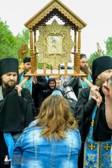 easter_procession_ukraine_pochaev_sr_1149
