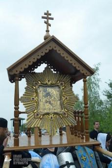 easter_procession_ukraine_pochaev_sr_1156