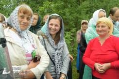 easter_procession_ukraine_pochaev_sr_1158