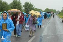 easter_procession_ukraine_pochaev_sr_1213