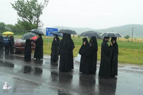 easter_procession_ukraine_pochaev_sr_1241