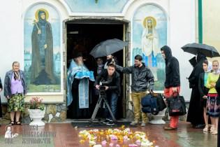 easter_procession_ukraine_pochaev_sr_1267