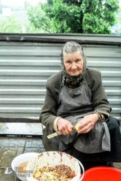 easter_procession_ukraine_pochaev_sr_1300