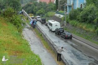 easter_procession_ukraine_pochaev_sr_1310