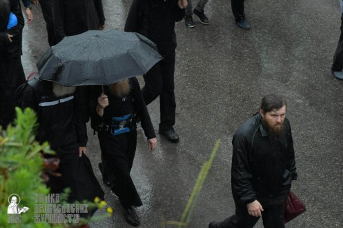 easter_procession_ukraine_pochaev_sr_1324
