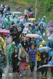 easter_procession_ukraine_pochaev_sr_1362