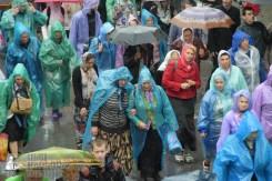easter_procession_ukraine_pochaev_sr_1370