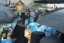 easter_procession_ukraine_pochaev_sr_1386
