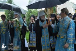 easter_procession_ukraine_pochaev_sr_1409