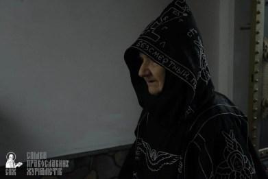 easter_procession_ukraine_pochaev_sr_1416