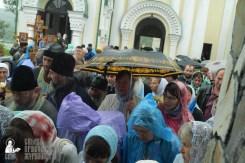 easter_procession_ukraine_pochaev_sr_1438