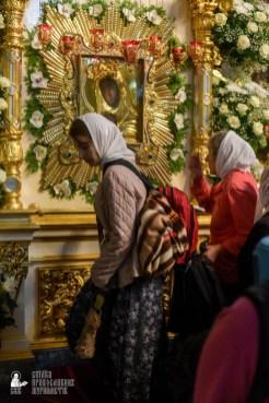 easter_procession_ukraine_pochaev_sr_1472