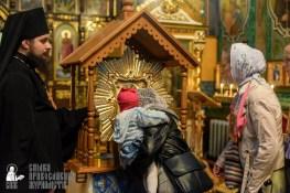 easter_procession_ukraine_pochaev_sr_1480