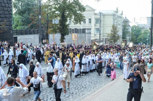 easter_procession_ukraine_an_0223
