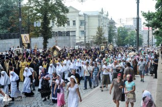 easter_procession_ukraine_an_0226