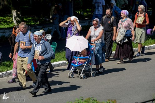 provocation-orthodox-procession_makarov_0588