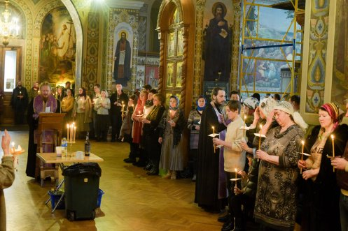 orthodoxy_chrism_iona_0128