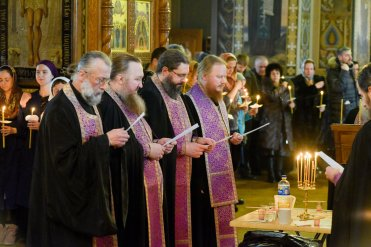 orthodoxy_chrism_iona_0143