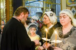 orthodoxy_chrism_iona_0147