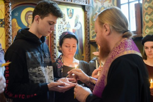 orthodoxy_chrism_iona_0235