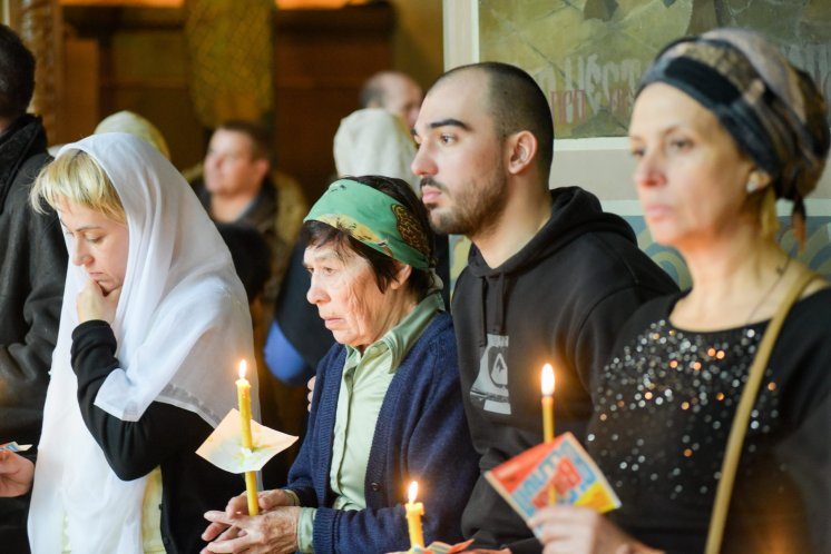 orthodoxy_chrism_iona_0264