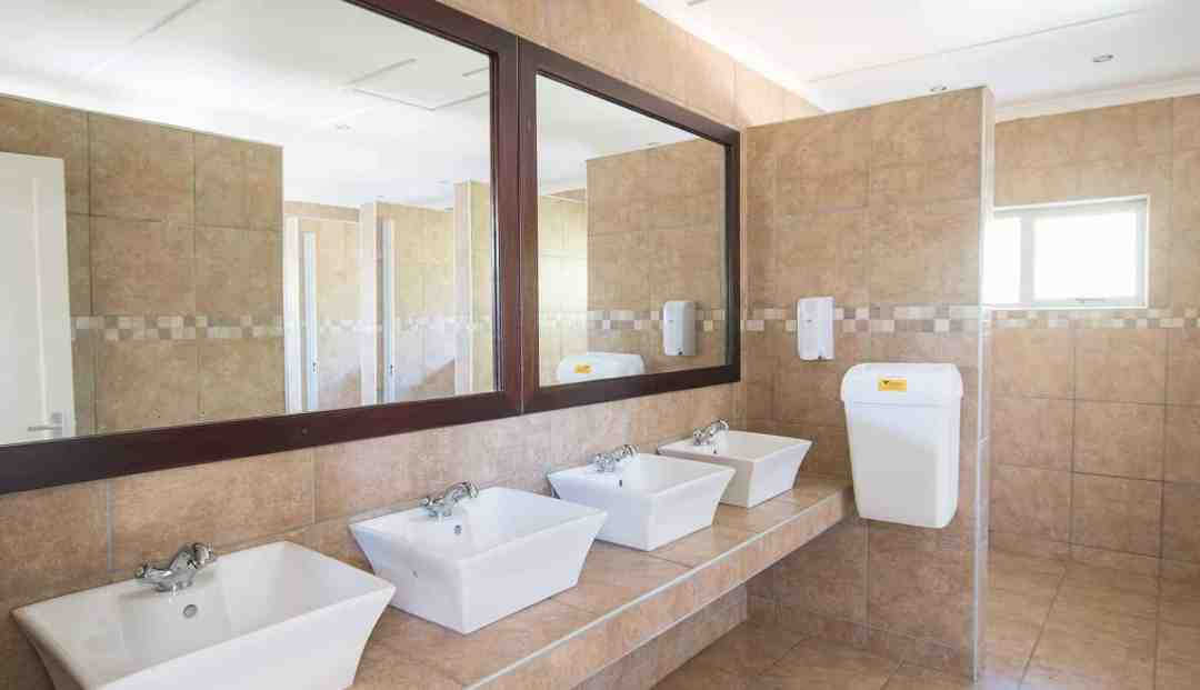 Standard camping & caravanning sites | Communal bathroom facilities | Camping & caravanning sites in Windhoek | Arebbusch Travel Lodge