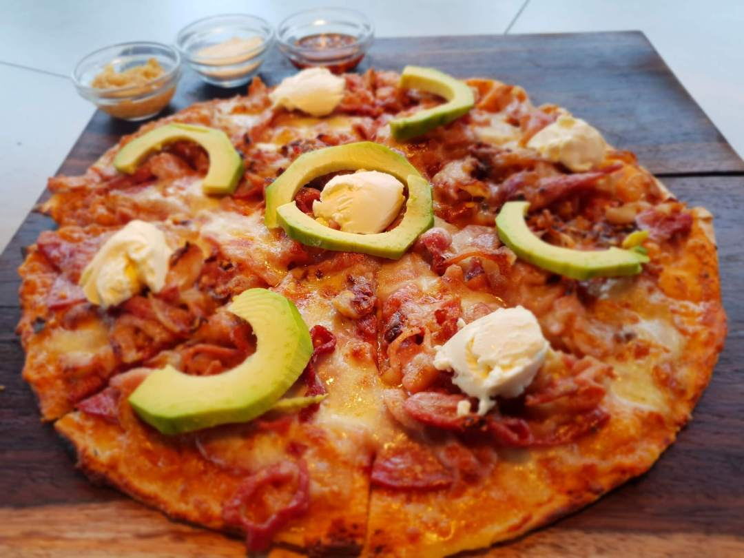 Arebbusch Travel Lodge Pizzeria & Grill | Pizzeria & Grill in Windhoek, Namibia | Creamy Pancetta Pizza