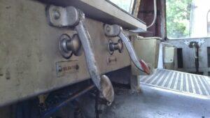 Mandos de silbatos y areneros del 9121 de cabina 1