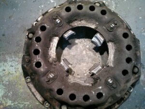 Maza del embrague del motor Barreiros tal y como lo desmontamos