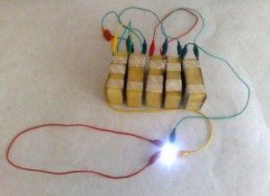 Baterie cu cartofi
