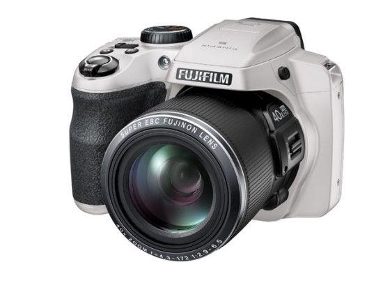 fujifilm-S8200_White_Front_Left