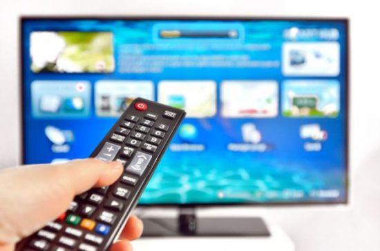 avantajele-unui-smart-tv-de-ce-ti-ai-lua-un-televizor-inteligent-in-detrimentul-unuia-clasic_size1