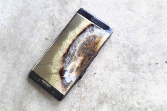 "Zbor intarziat din cauza unui hotspot numit ""Galaxy Note 7"""