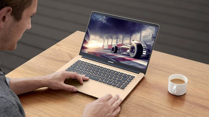 Huawei a lansat laptop-ul MateBook X