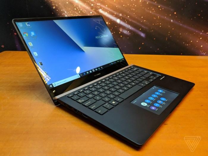 ASUS a lansat un ZenBook Pro cu ecran in loc de touchpad