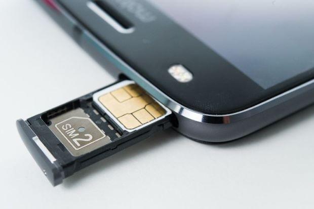 De ce nu va plac telefoanele dual SIM?