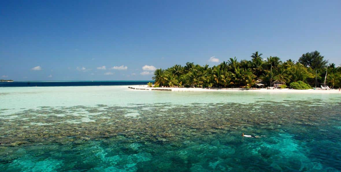 Resort Vilamendhoo Island Resort in Maldives Country  Arenatours