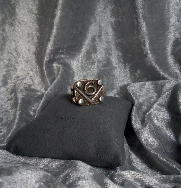 v6 ring v6 engine  v6 engine ring men rings muscle cars car jewelry   arespalette 1