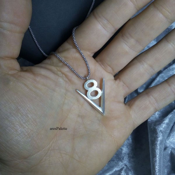 v8 necklace v8 pendant v8 pendentif american muscle cars car jewelry arespalette 9